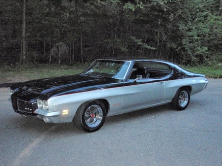 Our Hoodie  Larry's 71 GTO Pro Touring Car